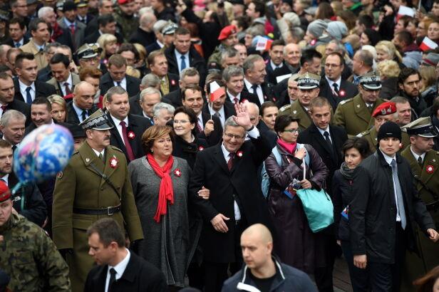 """Marsz prezydencki """"Razem dla Niepodległej"""" PAP / Radek Pietruszka"""